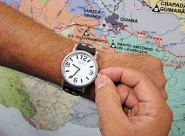Resultado de imagem para Horário de verão começa domingo; Baianos não vão adiantar relógios