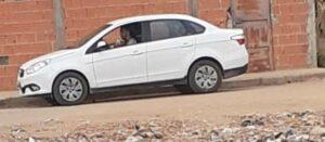 Veículo oficial da Câmara de Malhada,no Sudoeste da Bahia, usado pelo filho do presidente